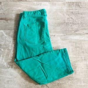LOFT Curvy Cropped Pants